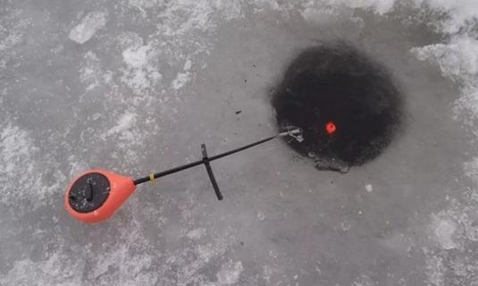 Ловля плотвы зимой на поплавок