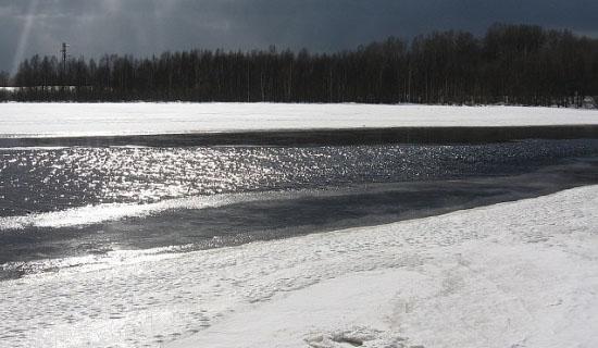 Ловля спиннингом зимой на мелководье