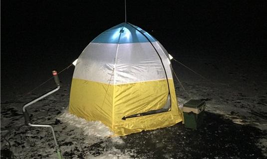 Ловля леща зимней ночью в палатке