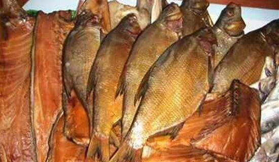 Копчение рыбы на месте ловли