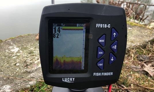 Эхолот Lucky FF918 на рыбалке